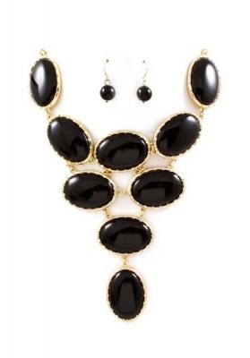 Oval Necklace & Earrings